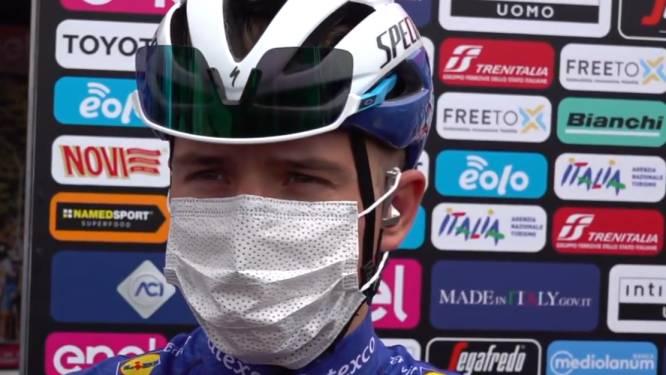 """Evenepoel """"relaxed"""" aan start van tweede etappe: """"Alle vertrouwen dat ploegmaats ons veilig naar finish begeleiden"""""""