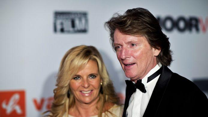 Erik de Zwart woont samen met zijn echtgenote Marika de premiere bij van de Nederlandse film Smoorverliefd.