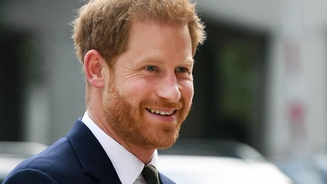"""Goede vriend verdedigt prins Harry: """"Hij zal zich de rest van z'n leven blijven inzetten voor z'n land"""""""