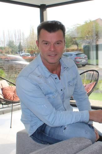 """Filip D'haeze viert 30 jaar carrière in mineur: """"Ik ben besmet met corona en opnieuw vrijgezel"""""""