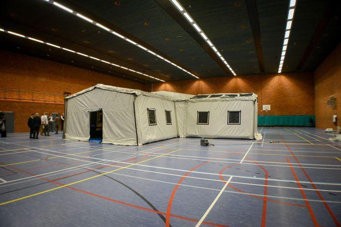 De door O&H Concepts ontwikkelde tent in de sporthal op de UT, bij de officiële presentatie in maart 2017.