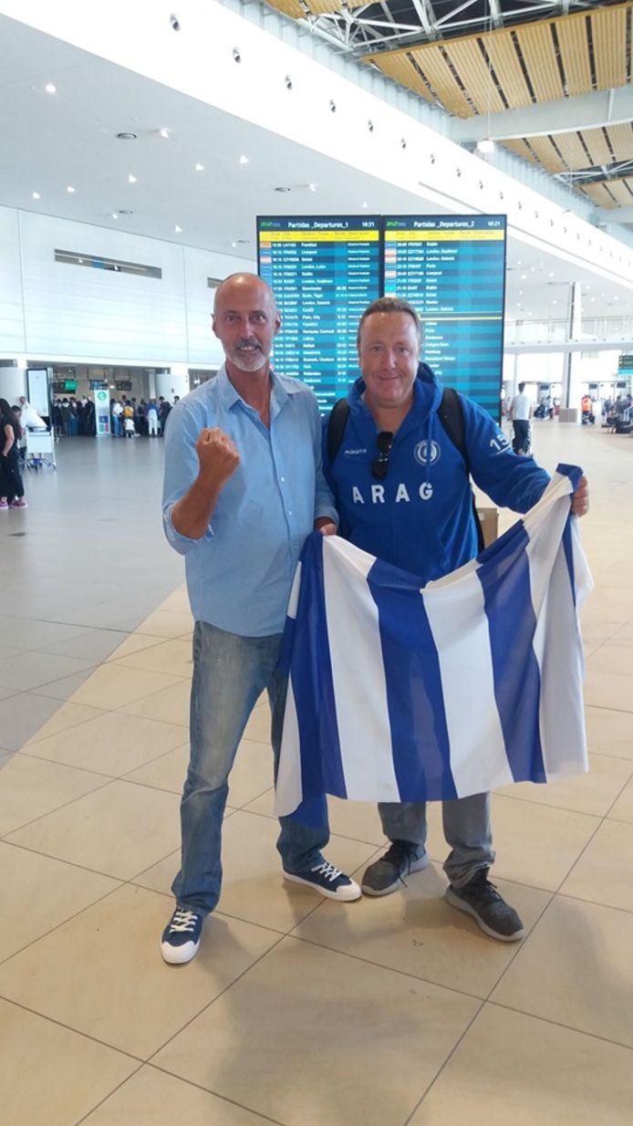 Luc Van de Velde en Wim Van Semmertier op de luchthaven van Faro (Portugal), klaar om naar de Heizel te reizen.