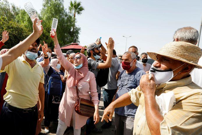 Ook aanhangers van Ghannouchi verzamelden zich.