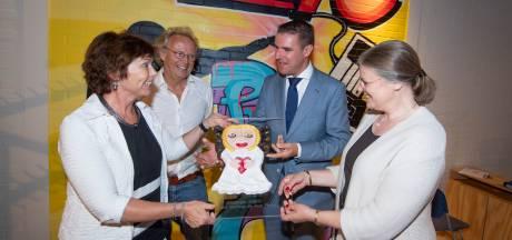 'Engel' als dank voor jarenlange steun aan mensen met beperking in Twente
