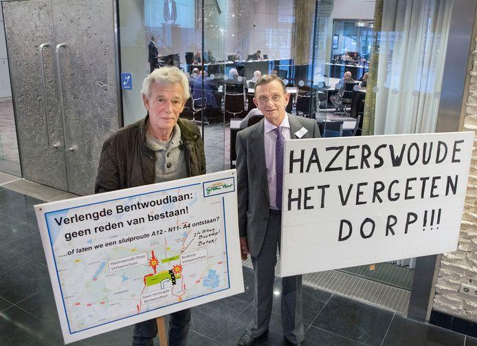 Tot aan de plenaire Statenvergadering van Zuid-Holland aan toe klommen tegenstanders uit Waddinxveen, Boskoop en Hazerswoude-Dorp op de barricades, zoals Piet Baxmeier (links) en Anton Rijkaart.