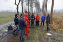 Vrijwilligers hielpen begin 2019 bij de aanleg van het voedselbos in Schijndel, rechts Wouter van Eck.