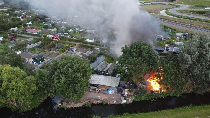De brand op de volkstuin op Parkzicht in Woerden