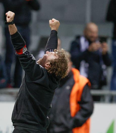 Eupen, bien que réduit à dix, arrache la victoire contre Genk et rejoint l'Antwerp en tête