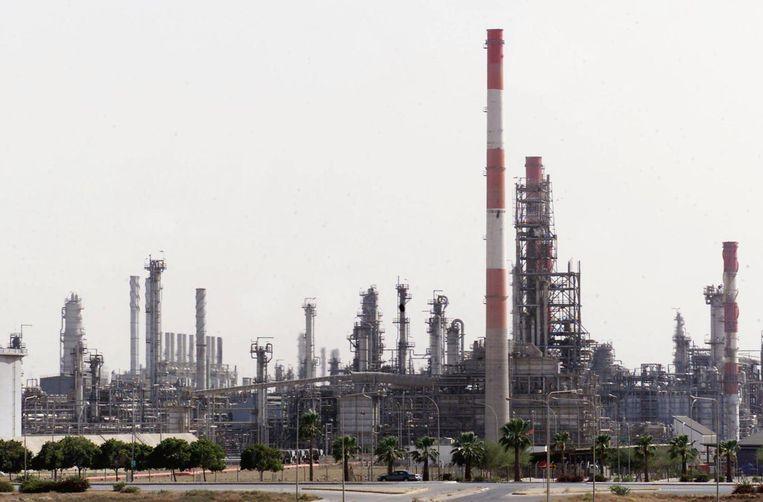 Een olieraffinaderij in Saoedi-Arabië. Beeld AFP