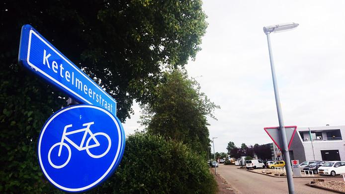 Op de Ketelmeerstraat in Lelystad  liep een vechtpartij uit de hand.