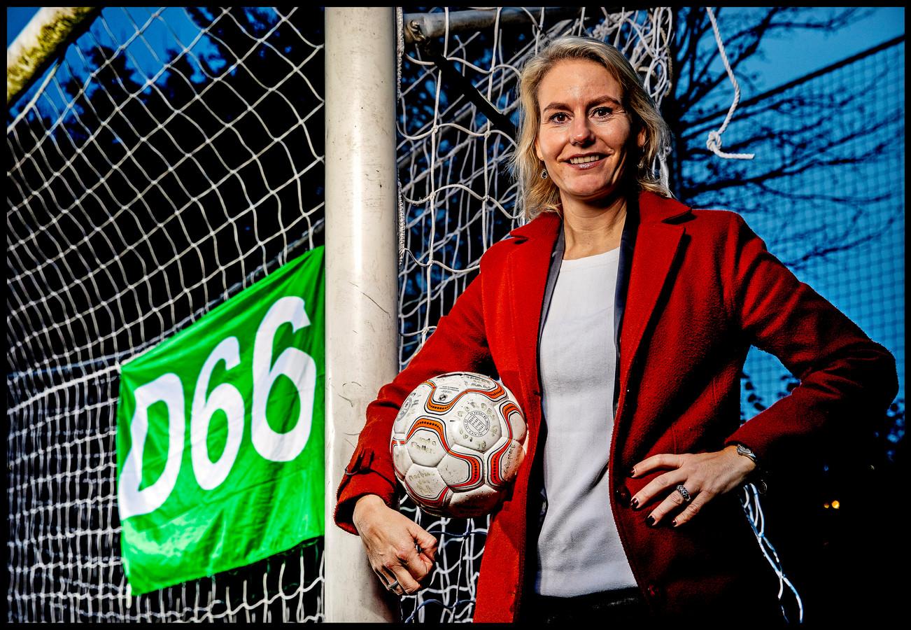 Jeanet van der Laan, ex-international en nu raadslid van D66 in Lisse