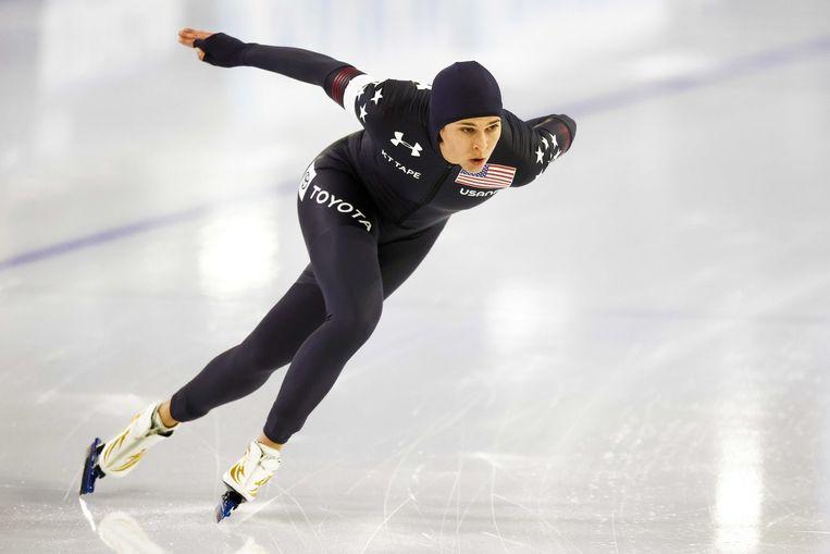 Brittany Bowe op weg naar haar wereldtitel op de 1.000 meter. Beeld ANP