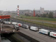 Chaos bij transport naar Engeland: 'Iedereen wil op die boot'