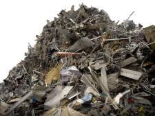 Wethouder Cuijk: 'Oud papier en kleding zijn de krenten in de pap. Maar de rest moet je ook inzamelen'