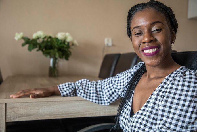 Adine Mawata heeft nog dertig duizend van de honderdvijftig duizend euro nodig voor haar behandeling.