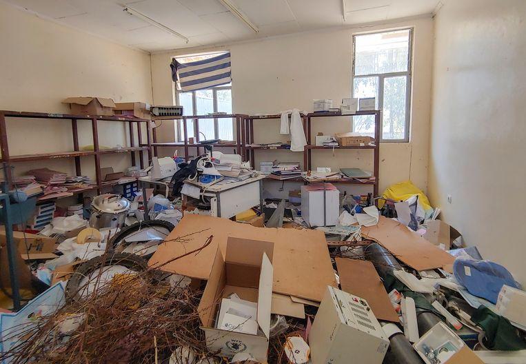Deze foto is gemaakt door een medewerker van Artsen zonder Grenzen. Het gezondheidscentrum Sebeya in het noorden van Tigray is vernield en geplunderd door soldaten.  Beeld AP