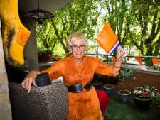Christine (75) schittert in AH-reclame: 'Overal waar ik kom, vragen mensen me of er bitterballen zijn'
