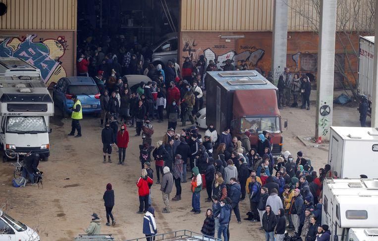 Het feest was al sinds de jaarwisseling gaande, en werd zaterdag beëindigd door de politie. Beeld Hollandse Hoogte / European Press Agency (EPA)