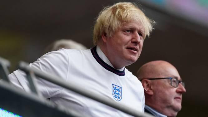 """Britse premier Johnson: """"Schuldig aan online racisme tegenover voetballers? Dan kom je stadion niet meer in"""""""
