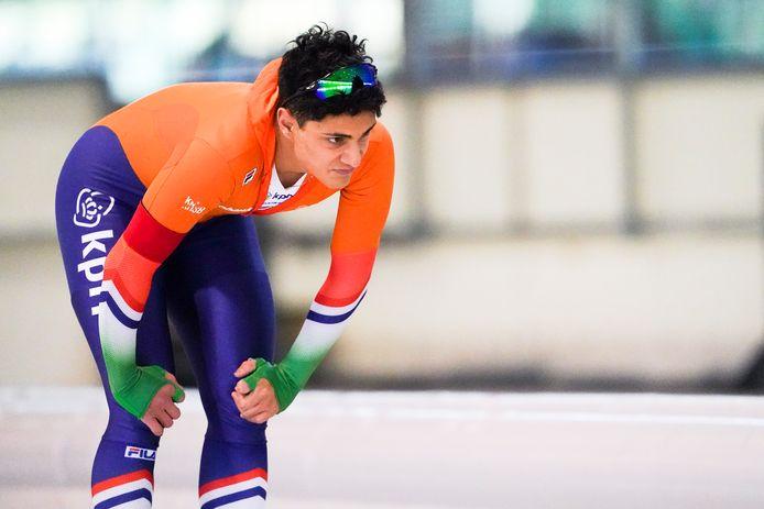 Sebas Diniz uit Borne, op de foto na afloop van de 1000 meter tijdens de wereldbeker voor junioren in Enschede, gaat rijden voor TalentNED.