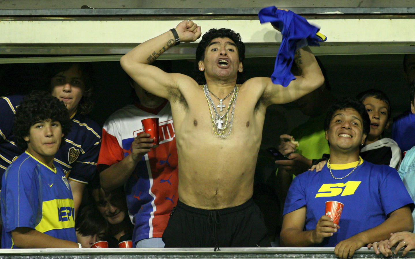 Diego Maradona in 2005 als supporter van Boca Juniors.