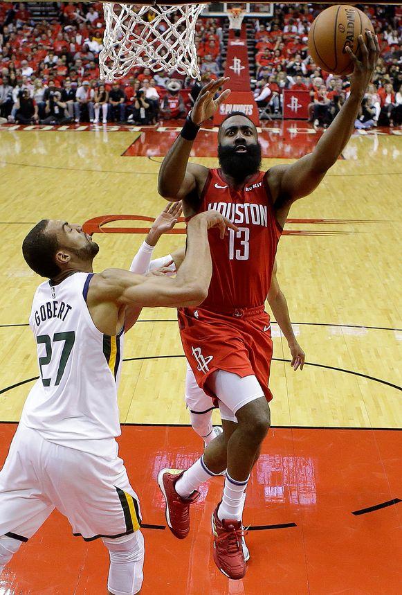 James Harden in actie tegen Utah Jazz.