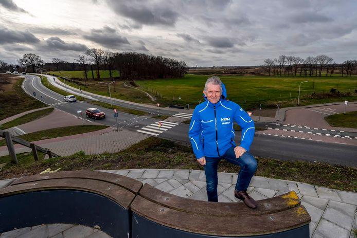 Tot spijt van organisator Jan Prop gaapt achter hem de leegte in bos en weide aan de Scheldeweg in Hoogerheide, waar deze zondag de tweestrijd Mathieu-Wout had moeten plaatsvinden tijdens de 22e GP Adrie van der Poel.