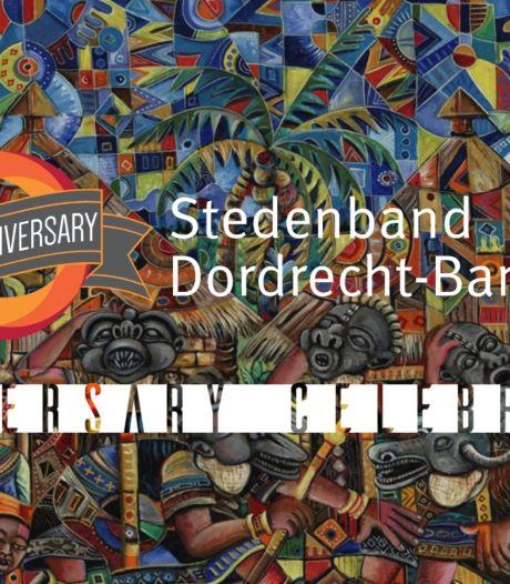 Feest bij start viering 25 jaar stedenband Dordrecht-Bamenda