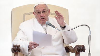 """Paus: """"Het is beter om een atheïst te zijn dan een hypocriete katholiek"""""""