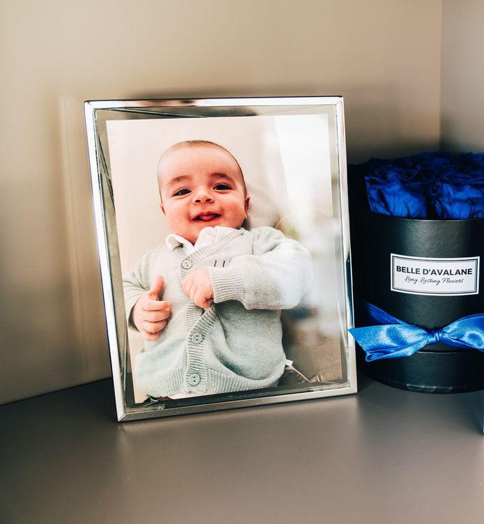 """Ezra était un enfant de rêve, disent sa maman Chana et son papa Hovik. """"Il n'y a pas de mot pour parler de sa perte. L'amour reste, mais on ne peut plus l'exprimer""""."""