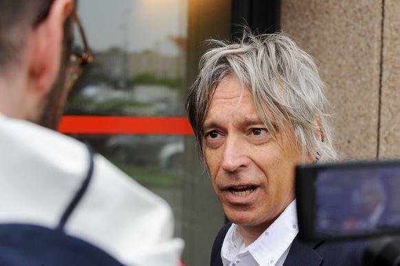 Advocaat Walter Van Steenbrugge verdedigt een van de beklaagden.