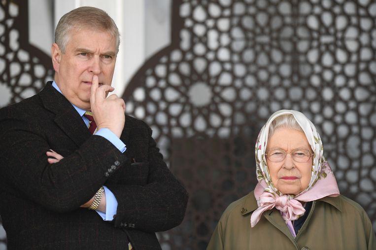Queen Elizabeth II en prins Andrew
