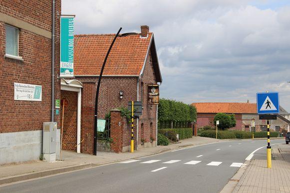 Aan de schoolomgevingen in Horebeke komt nieuwe signalisatie.