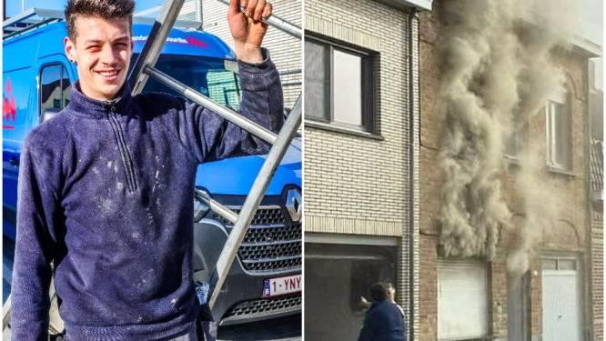 """Lester (20) schiet als eerste te hulp bij zware brand: """"Tientallen mensen stonden toe te kijken, maar niemand deed iets"""""""