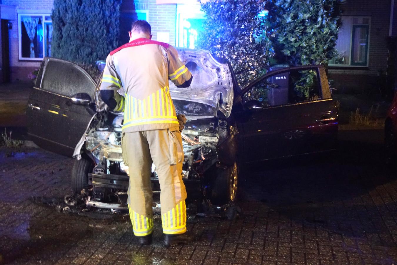 De auto ging in vlammen op