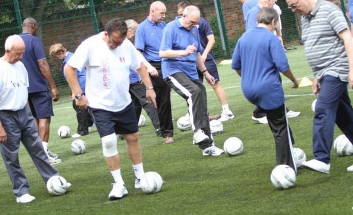 Senioren kunnen wandelend voetballen in Schijndel.