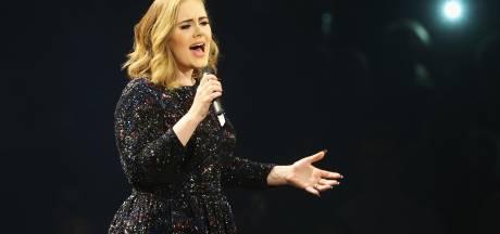 Pleine d'humour, Adele brise le silence après l'annonce de son divorce