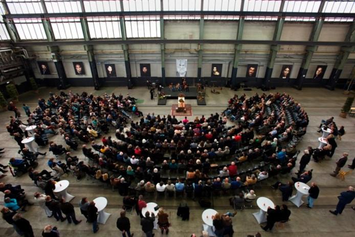 De uitvaart in de LocHal. Foto Marie-Thérèse Kierkels/BeeldWerkt