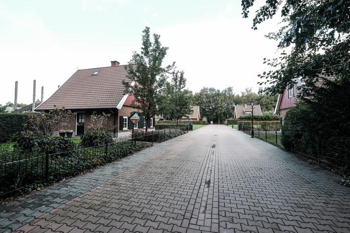 De recreatiewoning aan de Jonkersweg wordt twee keer per week in de gaten gehouden.