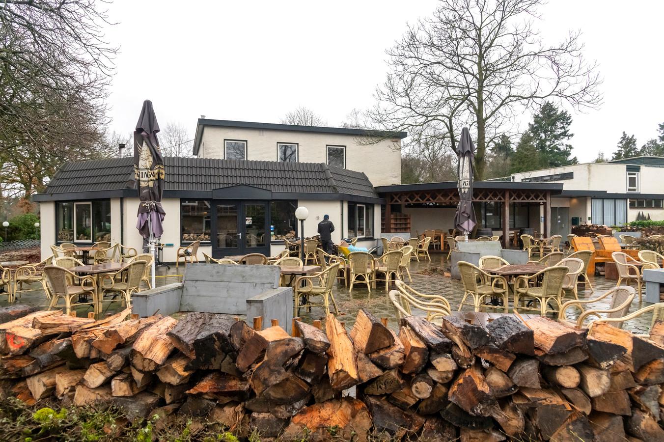 Hotel De Foreesten in Vierhouten. Er zijn plannen om hier bijna honderd arbeidsmigranten onder te brengen, maar de gemeente Nunspeet wil daar niet aan meewerken.
