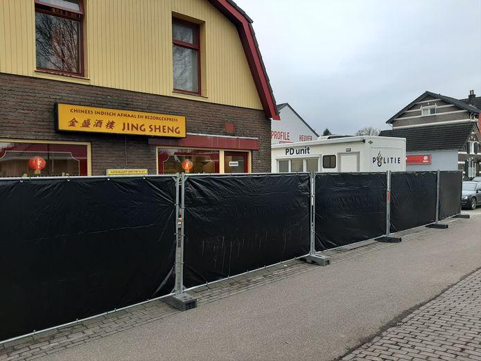 Het restaurant is na de steekpartij afgezet voor politie-onderzoek.