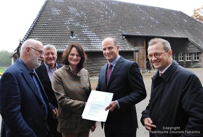 In 2012 kreeg de Judithhoeve een cheque van 200.000 euro van de provincie Overijssel.