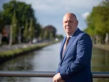 Gedeputeerde wil kanaalbewoners Almelo-De Haandrik helpen, maar kan niet beloven dat het goedkomt