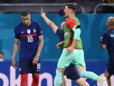 """Mbappé """"désolé"""" pour le penalty raté: """"Très difficile de tourner la page, la tristesse est immense"""""""