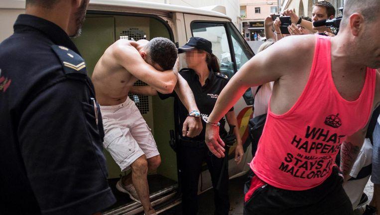 Verdachte Adrian na zijn arrestatie. Beeld epa