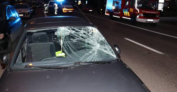 Belgisch meisje overleden na aanrijding terwijl ze met broertje op de arm straat overstak.