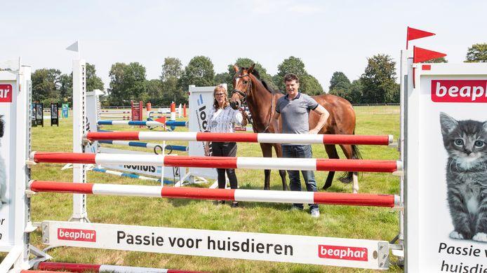 Jacqueline Kolkman van de organisatie op het terrein van de Galoppade in Heeten.