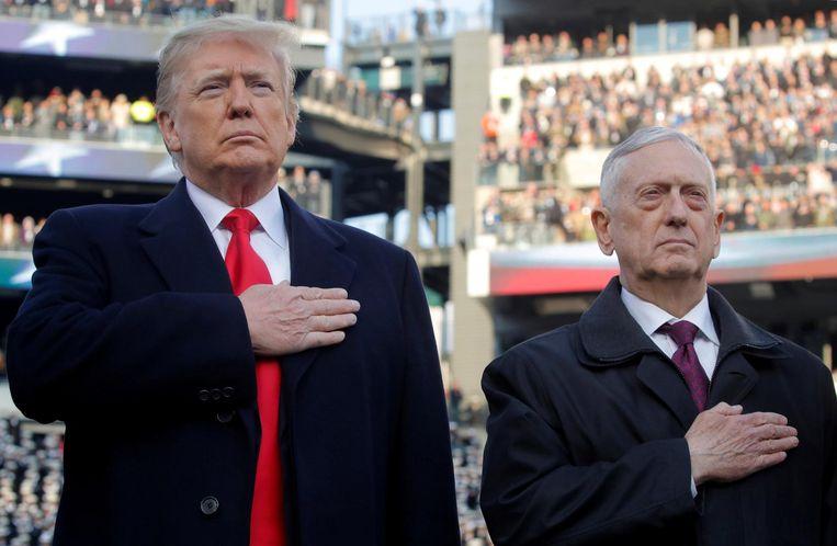 Donald Trump en Jim Mattis. Beeld reuters