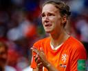 Ook Vivianne Miedema laat haar tranen de vrije loop.