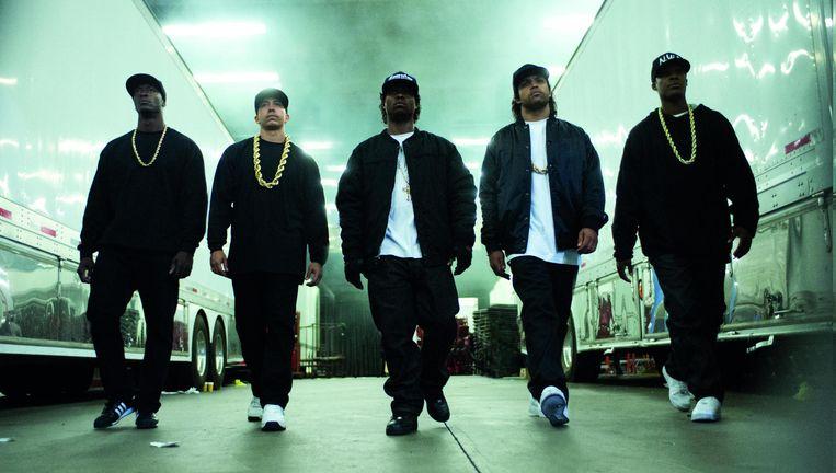 De ge(b)romantiseerde biopic over rapgroep N.W.A spreekt ook hiphopleken aan. Beeld © RV